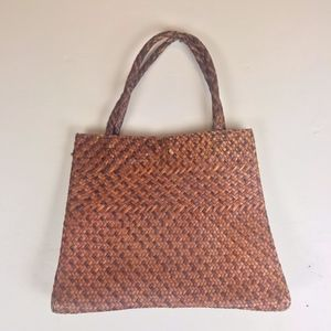 Woven basket market bag!